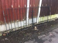 Set Of Wrought Iron / Metal Arrow Head Driveway Gates- DELIVERY OR COLLECTION