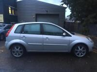 Ford Fiesta, £2,000 or near offer, 1 year MOT, automatic, 5 door