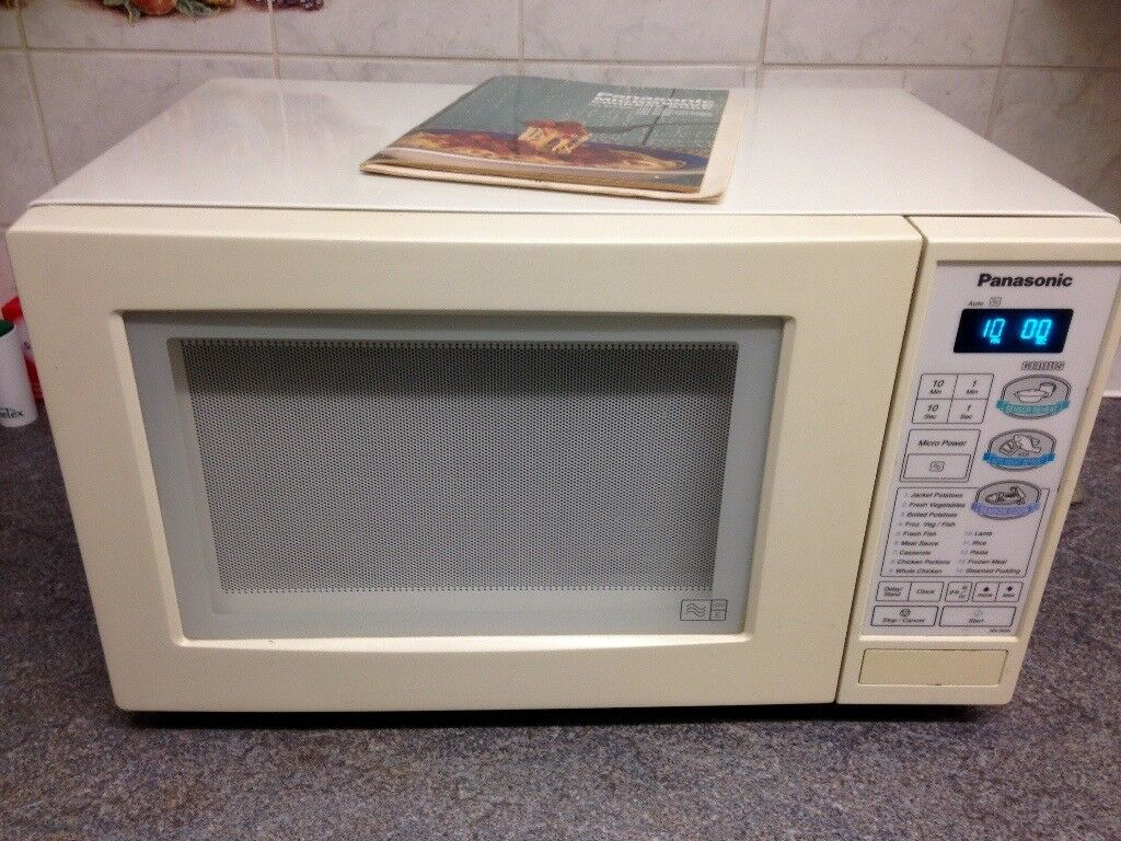Panasonic Microwave Oven Nn 5856 800w Category E Fully Working With Booklets