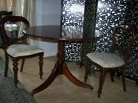 Elegant Round Reproduction Victorian Mahogany Tilt Top Dining Table With 5 Balloon Back Chairs