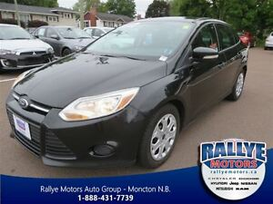 2013 Ford Focus SE! Heated! Keyless! Trade-In! Save!