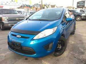 2013 Ford Fiesta SE / ONLY 49584 KMS !!!!! / AUTO / LOADED / WAR