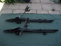 Pair of brand new unused high quality car roof bicycle carriers