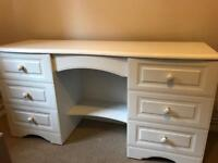 White office desk and drawers