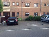 Residential parking in Fulham - 24/7 - off road