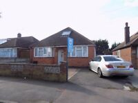 Beautiful 4 Bed Detached Bungalow in Stopsley Area close to Airport, Shops, Schools - Available Now