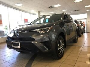 2017 Toyota RAV4 AWD LE, HEATED SEATS, BACKUP CAMERA, KEYLESS EN