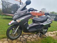 Can deliver piaggio x evo 125cc scooter piaggio x7 x8 spares or repair