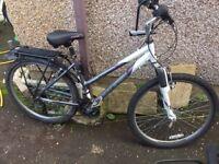 """Raleigh Voyager LX Ladies Hybrid Bicycle 17"""" (Below Market Price)"""
