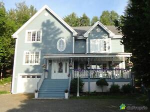 719 000$ - Maison à paliers multiples à vendre à St-Sauveur