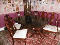 """Mahogany Dining Table (5' 4"""" extending to 6' 10"""") & 6 Chairs"""