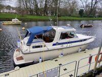 Nimbus 2600 powerboat 1986