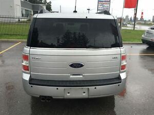 2009 Ford Flex SEL Loaded; Leather and More !!!! London Ontario image 4