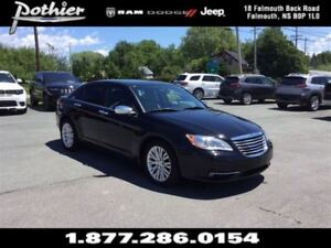 2013 Chrysler 200 Limited | LEATHER | SUNROOF | HEATED SEATS |