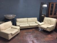 Retro style cream leather sofa set