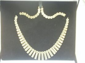 9CT YELLOW GOLD 18 INCH UNUSUAL FRINGE-STYLE NECKLACE