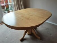 FREE Wooden round extendable table