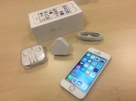 Boxed Silver Apple iPhone 5s 16GB On O2 / GiffGaff / Tesco Networks + Warranty + Case
