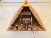 Playmobil Pyramid and figures