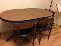 Solid wood extendable dining table with chairs