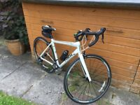 Trek Ladies Road bike condition as new. Light weight, 18 gears.