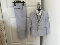 Special occasion boys suits X2
