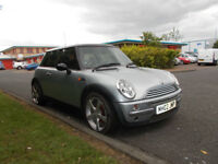 MINI COOPER 1.6 HATCHBACK SILVER 2002 SPARES OR REPAIR *DOES NOT START* BARGAIN ONLY £350 *LOOK*