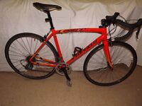 New specialized allez E5 road racer.everything works and looks perfectly.OFFERS.not trek giant fuji
