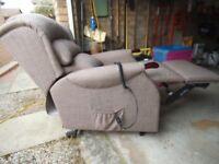 riser recliner arm chair