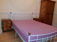 LARGE ROOM TO RENT EN1 £520PCM