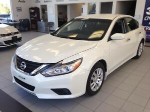 2016 Nissan Altima S / 2.5 L /  CRUISE / A/C / BLUETOOTH