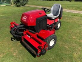 Toro 2000D triple mower
