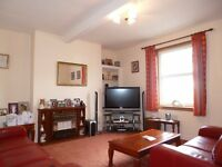 IMMEDIATE ENTRY 2 Bedroom Flat - Spacious - Double Glazing - Gas Central Heating - Furnished