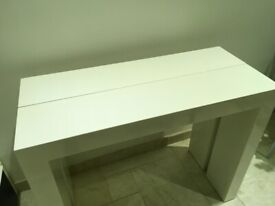 SOLID WHITE GLOSS CONSOLE/ DINING/DESK TABLE