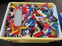 MIXED LOOSE LEGO APPROX 12KG
