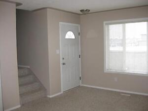 *INCENTIVES* 3 Bdrm Townhome in Stony Plain