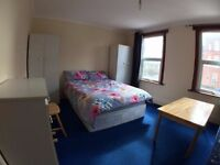SUPER DOUBLE ROOM 2 minutes from DOLLIS HILL STATION ***NO AGENCY FEE*****