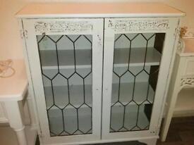 White shabby chic display cabinet