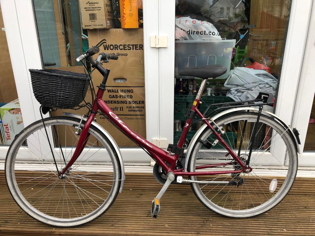 Lady's Bike - 18 & half inch frame - Headington