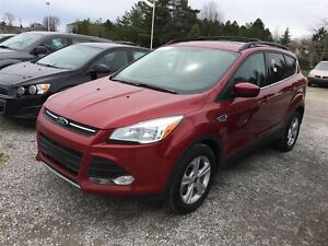 2013 Ford Escape SE/ NAV/ HEATED SEATS/ MOONROOF