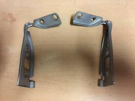 Ford Fiesta mk6 Bonnet hinges silver Essex SS17