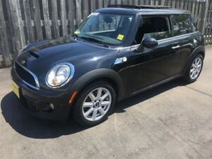 2013 MINI COOPER S Base, Heated Seats, Power Panoramic Sunroof