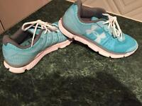 Under armour running trainers size 7