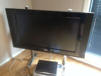 "Philips 42 "" lcd tv, 2 HDMI ports"