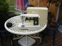 Singer sewing machine 784