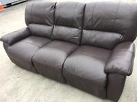 3 & 2 MATCHING BROWN RECLINING LEATHER SOFAS SUITE