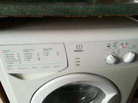 Washing machine indesit good condition