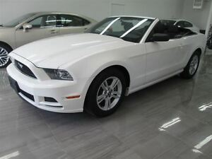 2013 Ford Mustang CONVERTIBLE