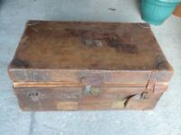 Large vintage Denty's leather travel trunk with removeable tray