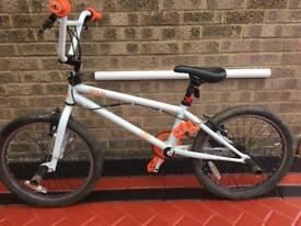 White Diamondback BMX bike